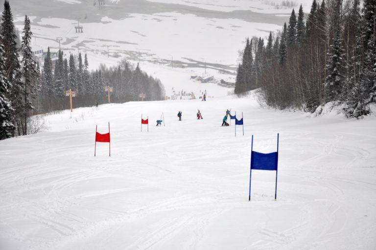 Чемпионат и первенство Сибирского Федерального Округа Красноярского края по горнолыжному спорту